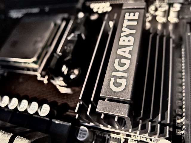 Best Motherboard for i7-8700K and RTX 2080